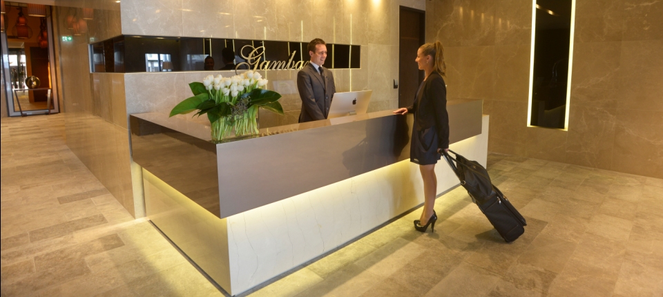 Contact gambaro hotel brisbane luxury hotel brisbane for 33 caxton street petrie terrace