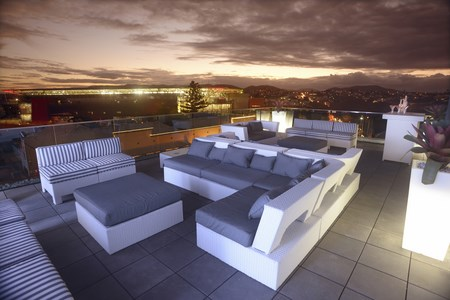 Sunset Lounge at Gambaro Hotel Brisbane