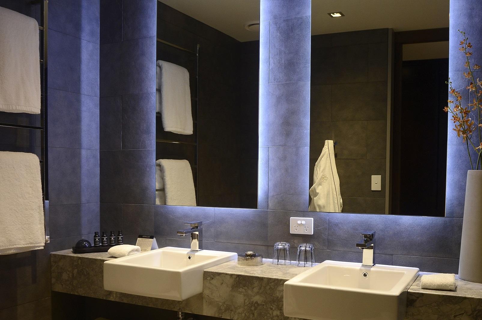 Courtyard Suite Gambaro Hotel Brisbane Luxury Hotel